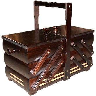 Sewing box dark brown, wooden, medium 0960010